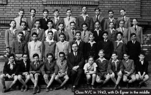 Class IV/C in 1943, with Dr Égner in the middle